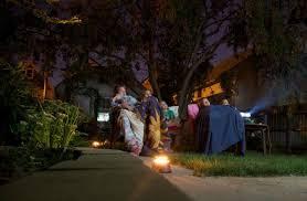 Backyard Movie Night Throw A Backyard Movie Night For Friends And Family Girlslife