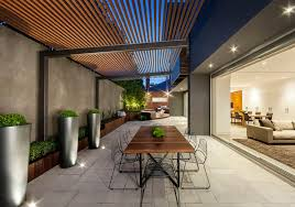 creating a seamless indoor outdoor transition between living