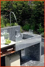 cuisine exterieure en cuisine exterieure beton inspirational cuisine extérieure en bois