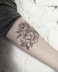25 unique line tattoos ideas on pinterest tattoo girls thin