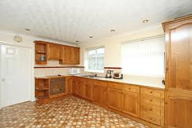 3 bedroom detached bungalow for sale in doncaster