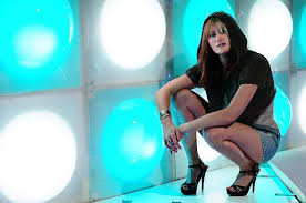 Hit The Floor Raquel - miss raquel chief scenester alternavox alternavox