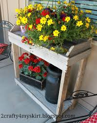 Free Wooden Potting Bench Plans by Free Plans To Help Utilize Extra Unused Pallets