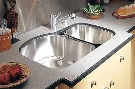 comment poser un plan de travail cuisine meuble cuisine a poser sur plan de travail posez le plan de meuble