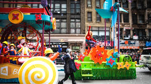 goldieblox in the 2015 macy s thanksgiving day parade