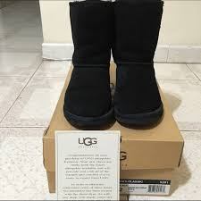 ugg s boots size 11 ugg black uggs size 2 size 5 from t s closet on