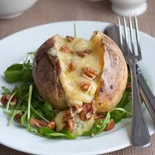pomme de terre en chambre recette pommes de terre au roquefort