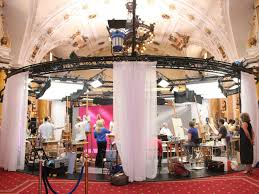 triple e unitrack is a flexible stage curtain track system for events