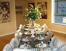 decorating dinner table for hanging greenery decorating