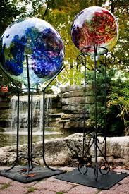 Gazing Globe Stand 93 Best Gazing Balls Images On Pinterest Mosaic Art Garden