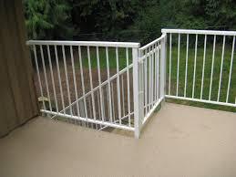 aluminum deck railing baluster aluminum deck railing ideas