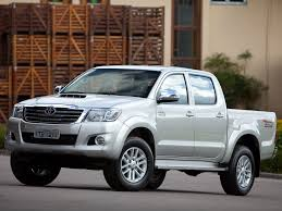 toyota hilux 2 4 2001 auto images and specification