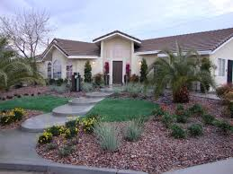 Front House Landscaping by Desperate Landscapes Diy