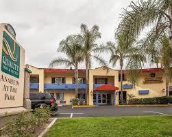 Comfort Inn Near Disneyland Exterior1 Jpg