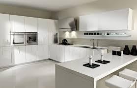 cuisine ultra moderne cuisines cuisine moderne idée originale couleur blanche ultra