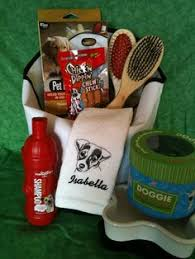Pet Gift Baskets Dog Gift Baskets For All You Dog Lovers This Cute Basket Is The