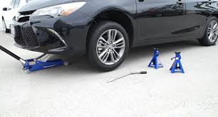 how to jack up a toyota camry youtube