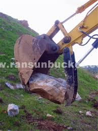 high quality manual to hydraulic excavator thumb for 1 80t