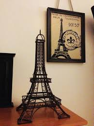 25 best eiffel tower decor ideas on bedroom
