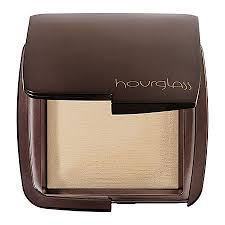 hourglass ambient lighting powder review hourglass ambient lighting powder in diffused light reviews photos