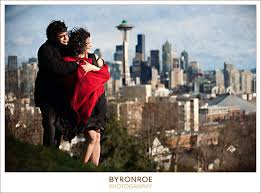 photographers in seattle to joseph from roxanna seattle library kerry park engagement