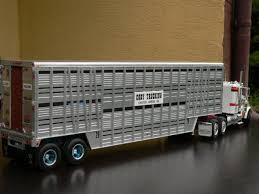 model semi trucks can i use a 1 25 trailer on a 1 24 truck the truck stop model