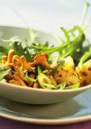 comment cuisiner les chanterelles salade de roquette aux chanterelles
