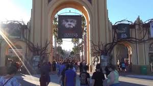 orlando informer halloween horror nights entrance to halloween horror nights 2013 youtube
