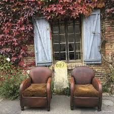 fauteuil club couleur paire de fauteuils club fauteuil club couleurs marrons et havane