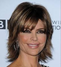 what is the texture of rinnas hair lisa rinna long layered hair lisa rinna s short thick hair is