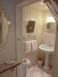 shabby chic bathroom ideas best 25 shabby chic bathrooms ideas on bathroom ideas