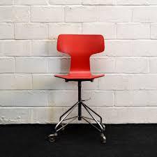 mid century 3103 red desk chair by arne jacobsen for fritz hansen