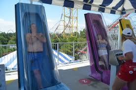 halloween city cedar park couple gets married on cedar point u0027s new water slide wkyc com