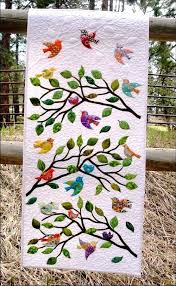 wall hanging quilts photo musingsofamodernhippie