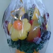 edible arraingements edible arrangements 22 photos gift shops 807 west c st