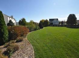 Landscaping Bloomington Il by 1403 Broad Creek Rd Bloomington Il 61704 Zillow