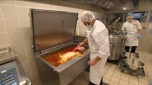 cuisine metz metz la cuisine centrale privilégie les producteurs locaux