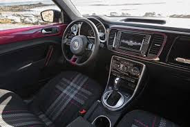 volkswagen bus 2016 interior 7 things to know about the 2017 volkswagen pinkbeetle motor trend
