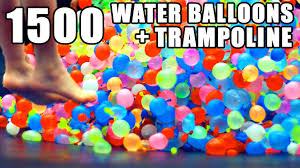 water balloons 1500 water balloons troline slo mo