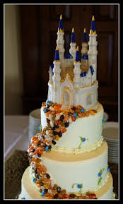 Wedding Cake Castle 72 Best Wedding Cake Fairytale Images On Pinterest Biscuits