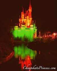 When Is Disney Decorated For Christmas Can A Cheapskate Afford To Stay At Disney World During The Week Of