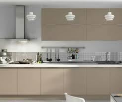 couleur cuisine feng shui décoration couleur cuisine gris taupe 99 le havre 03320820