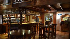 the great white house restaurant and bar