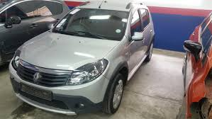 sandero renault stepway salvage accident damaged renault sandero 2012 stepway ref iw25207
