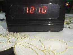 cachee bureau éra cachée hd 720p dans horloge de bureau longue autonomie