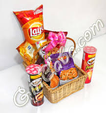 send gift basket send saltish gift basket gift to pakistan food combination
