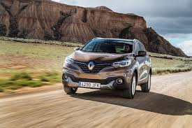 new renault kadjar renault kadjar dynamique s 130 dci 4x4 2015 review by car magazine