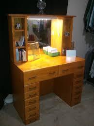 Vanity Desks Tips Vanity Desk With Lighted Mirror Vanity Desk With Lights