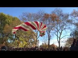 balloon goes at macy s thanksgiving day parade