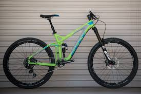 works motocross bikes first look felt u0027s living line and factory tour mountain biking